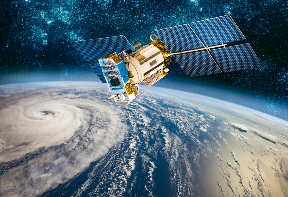 How long-distance satellites deal with the Earth