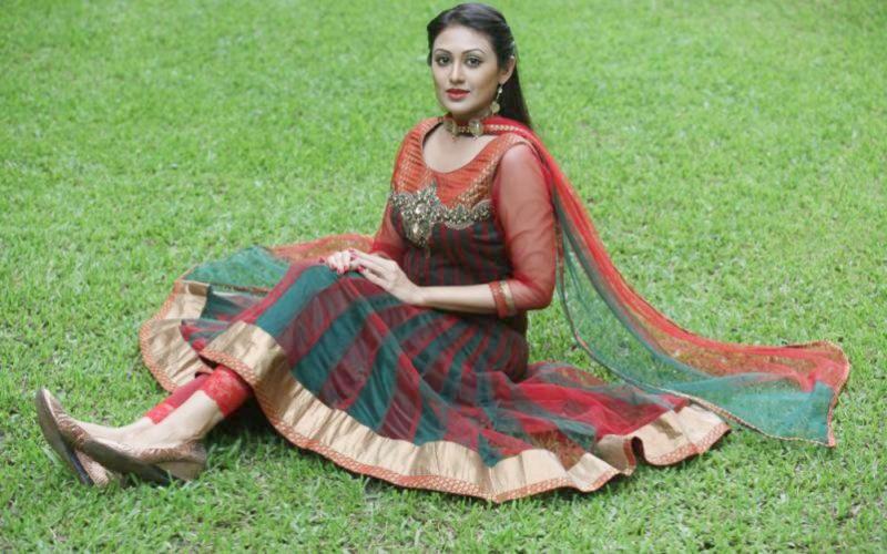 20 Photos of Kushum Shikder 16