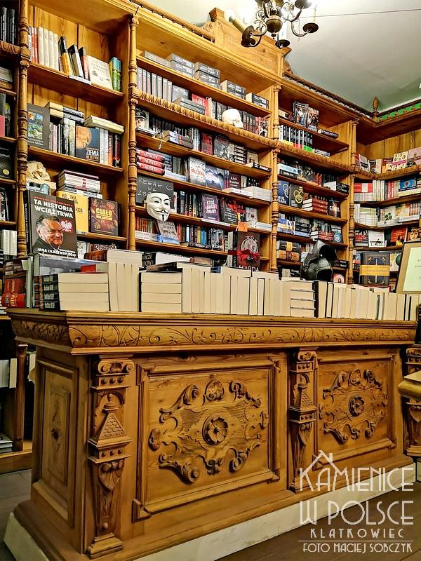 Poznań: zagadkowa księgarnia