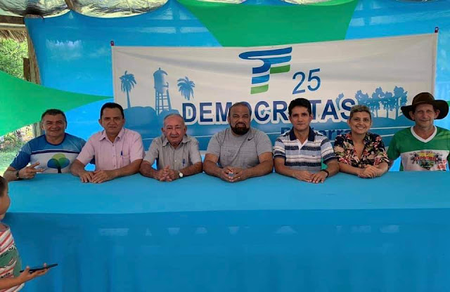 Prefeito Dr. Macedo recebe deputado Hélio leite e anuncia novos investimentos em Belterra
