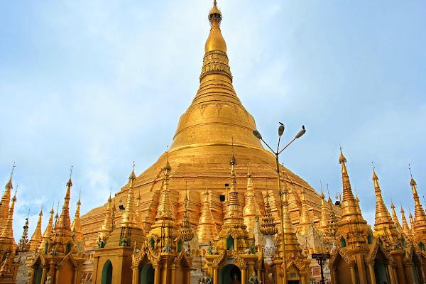 Shwedagon Pagoda - Yangon - Myanmar