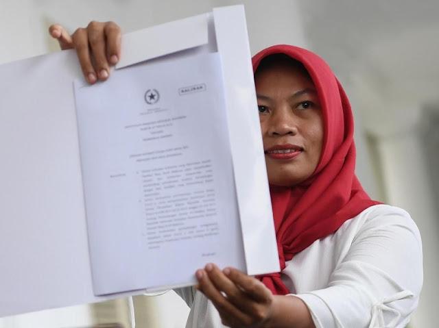 Baiq Nuril Diampuni, UU ITE Berpeluang Direvisi