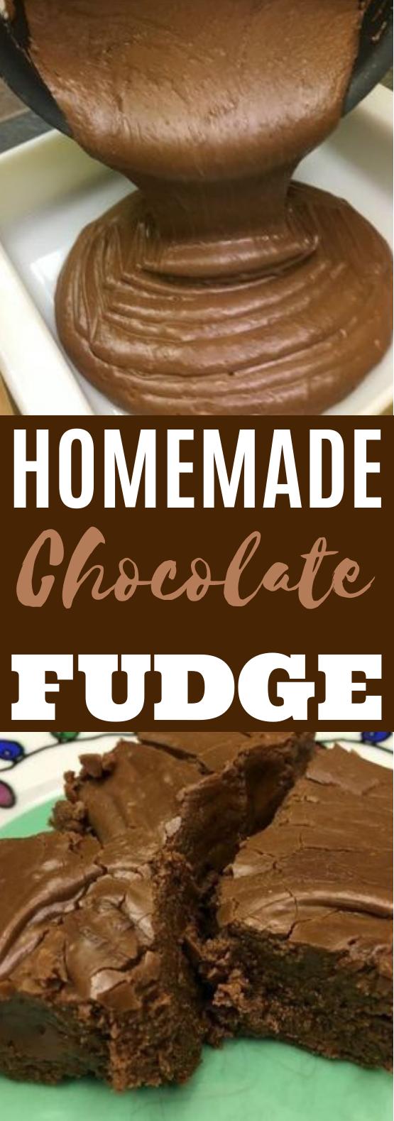 Homemade Chocolate Fudge #chocolate #desserts