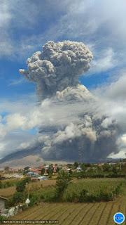Pascaerupsi Sinabung, Pemerintah Setempat Lakukan Penanganan Darurat