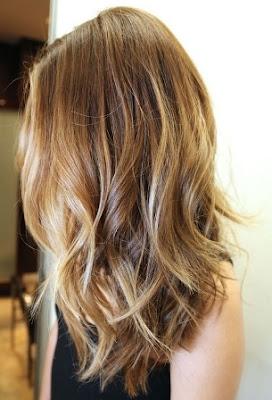 Rambut Pirang Tipis Menjadi Perhatian