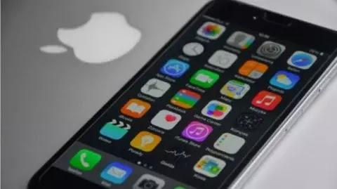 गूगल ने कहा, कुछ वेबसाइट्स सालों से iPhones को हैक कर रही हैं