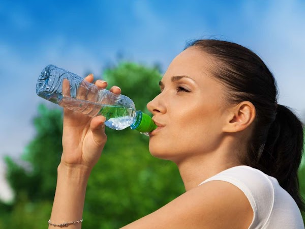 Manfaat Air Putih Bagi Kesehatan Tubuh Manusia