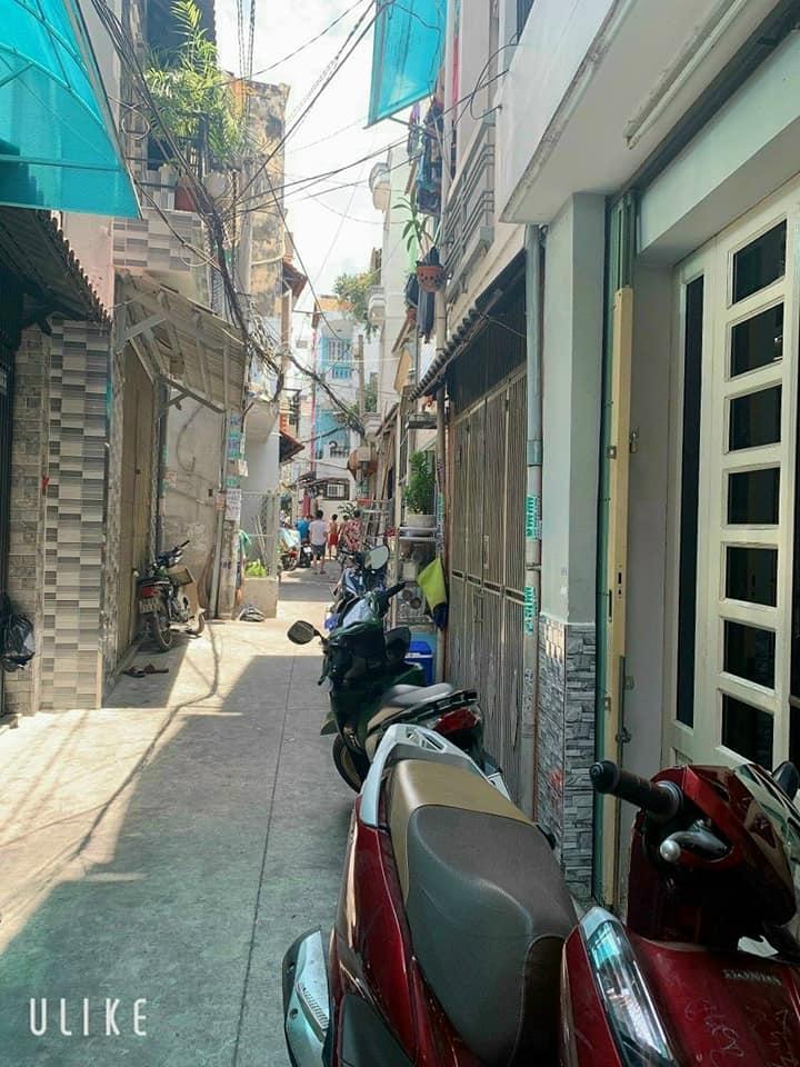 Bán nhà Nguyễn Thị Tần phường 2 Quận 8, đối diện chợ Rạch Ông