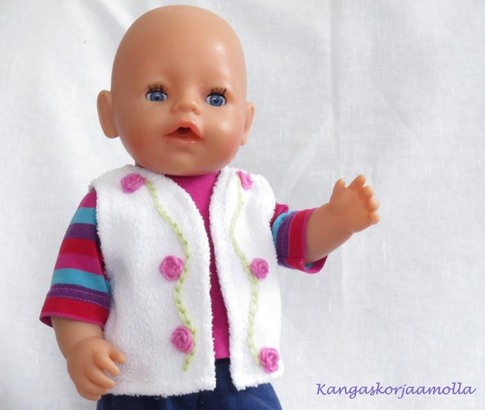ompele Baby Born nukelle