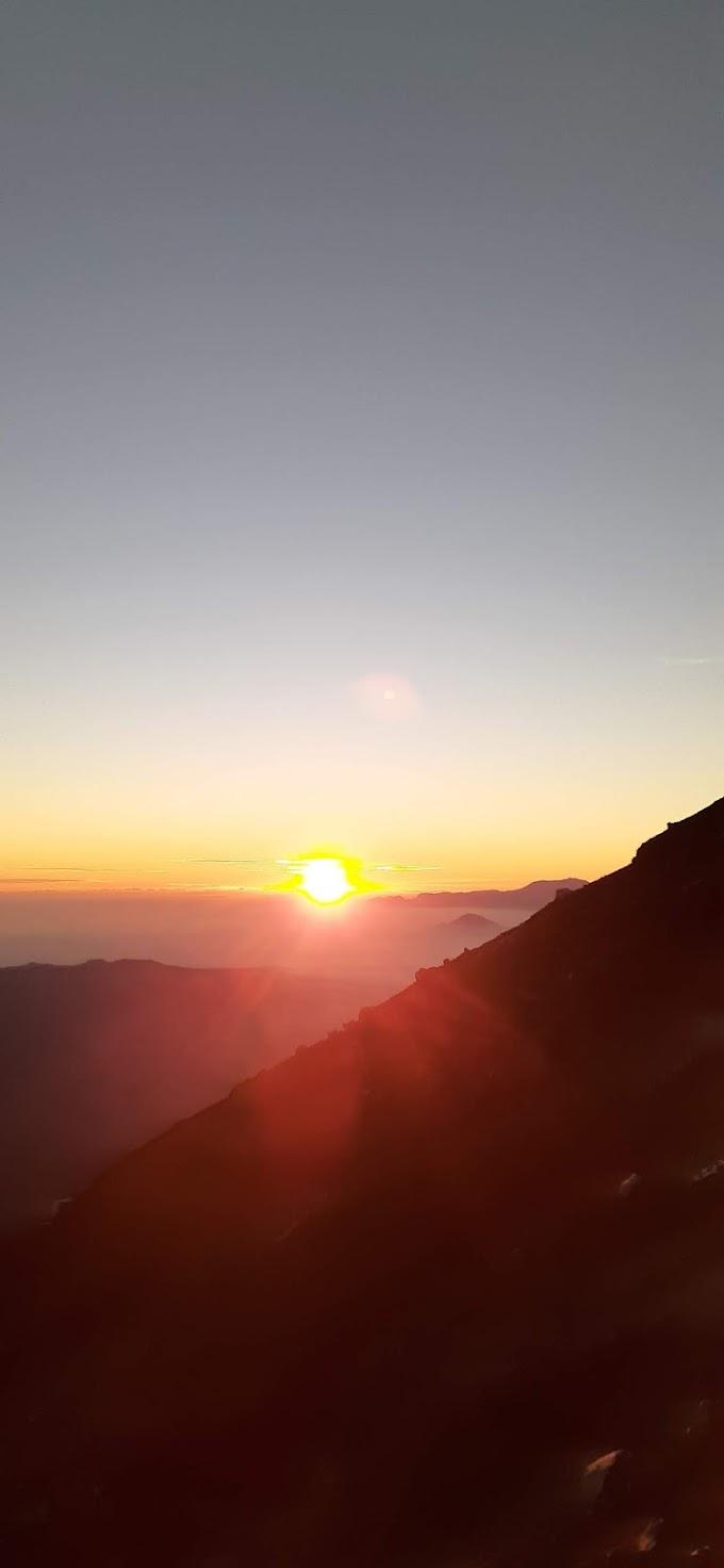 Cerita Tentang Gunung Semeru Part 2