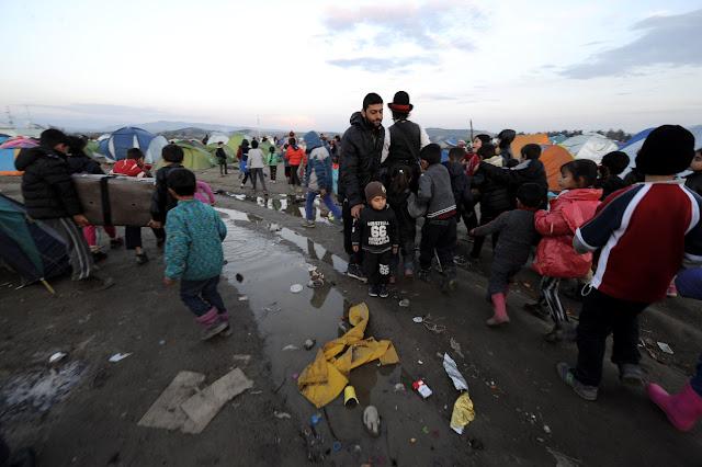 Το διπλό παιχνίδι της Τουρκίας με τους πρόσφυγες από τη Συρία