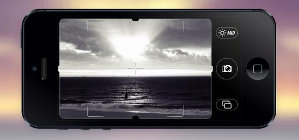 Videata dell'applicazione Camera Noir di Pacific Helm