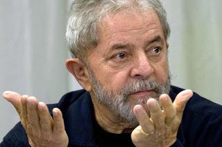 http://vnoticia.com.br/noticia/1735-lula-e-condenado-na-lava-jato-a-9-anos-e-6-meses-de-prisao-no-caso-do-triplex