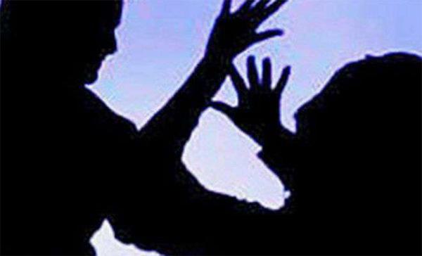 Andhra Pradesh temple priest arrested for molesting minor girl, Hyderabad, News, Local-News, Molestation, Crime, Criminal Case, Arrested, Police, National