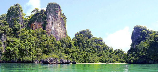 Island in Phang Nga Bay