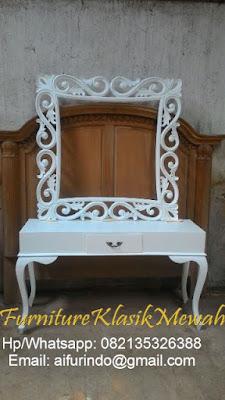 Furniture Jepara online-Furniture jati online-Furniture Klasik Mewah-meja konsul Klasik eropa