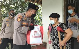 Akabri 1996 di Banten Salurkan Bansos Langsung ke Rumah Warga di Kota Serang