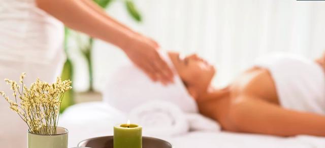 Terapi Signature Warm Oil Rangkaian Amante Segarkan Badan Lesu