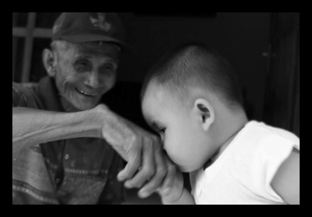 Inilah Golongan Orang Tua yang Batal Masuk Surga dan Masuk Neraka Karena Anaknya.