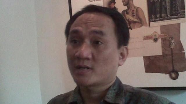 Demiz Dibajak, Andi Arief: PDIP Miskin Kader Berkualitas