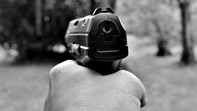 Disparan siete tiros contra la camioneta de un funcionario provincial de Argentina en medio de reclamos salariales
