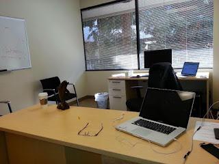 مكتب طالب ، مكتب محاسب ، مكتب موظف
