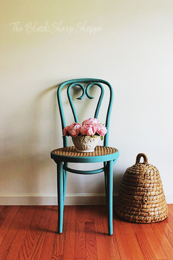 Bentwood cafe chair painted in Provence (annie sloan chalk paint).
