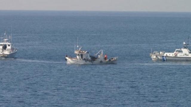 Λεηλασία των ελληνικών υδάτων από Τούρκους ψαράδες