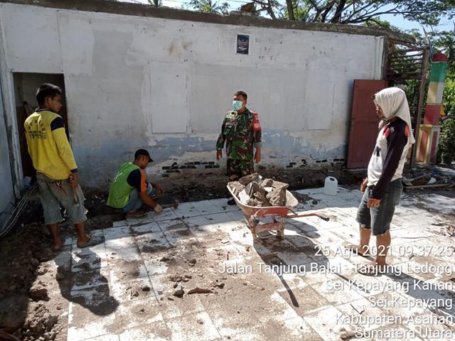 Dengan Cara Komsos Personel Jajaran Kodim 0208/Asahan Jalin Silaturahmi Dengan Perangkat Desa Dan Warga Binaan