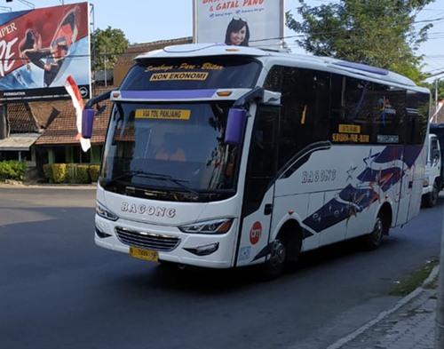 Bus Jurusan Surabaya Blitar lewat Tol Jombang Pare