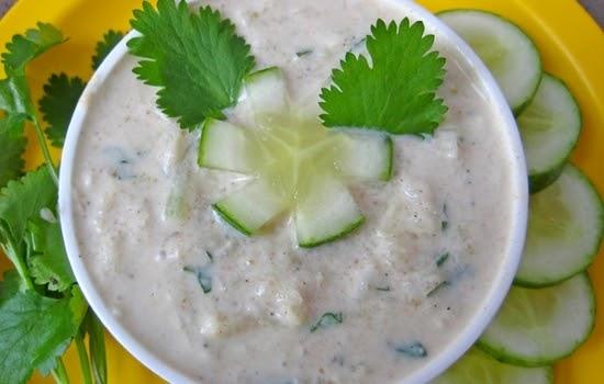 Veg Raita Recipe in hindi | सिम्पल तरीक़े से बनाएं घर पर
