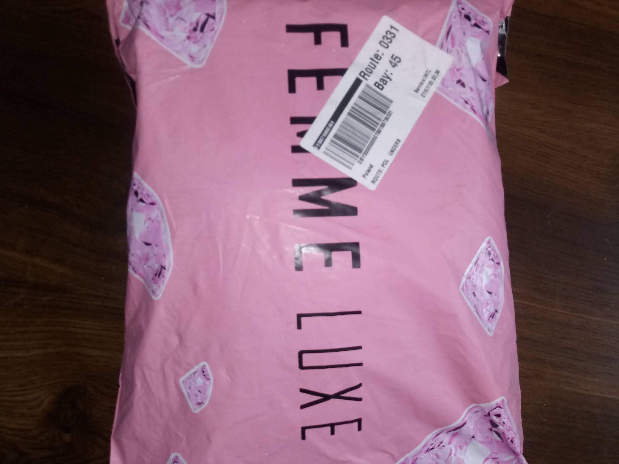 Zamówienie z femme Luxe