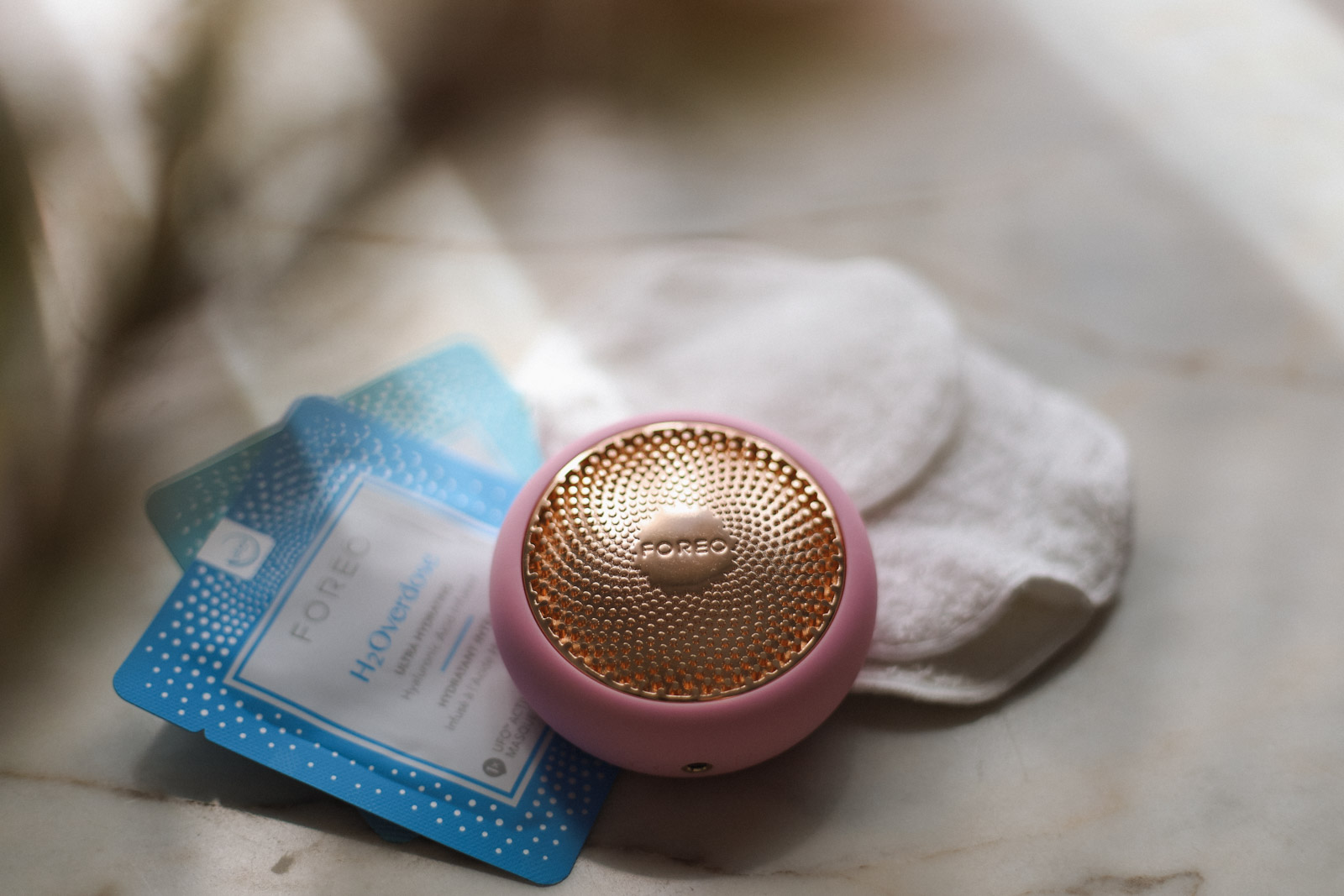 Foreo UFO2 smart masking device