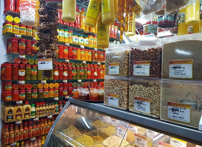 Castanhas, doces, temperos em Fortaleza