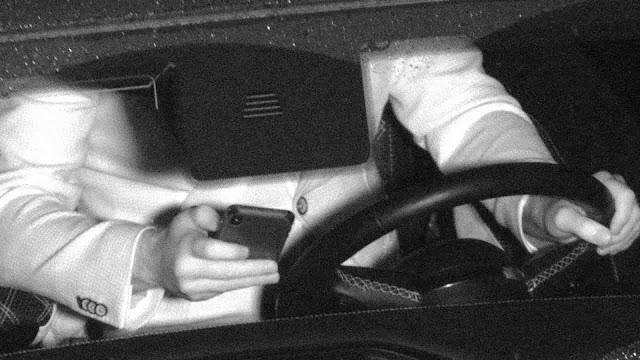 هولندا تستخدم كاميرات ذكية لرصد مستخدمي التطبيقات أثناء القيادة