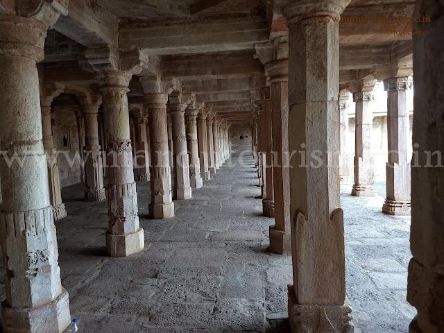 Information about dilawar khan mosque mandu