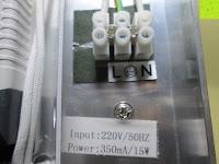 Anschluss: JEKING 3-er Würfel Acryl Warmweiße LED Deckenlampe (2700-3200k) für Schlafzimmer&Esszimmer Aluminium Leuchtmittel 15W / CE Zertifizierung / 37.1 x 11.4 x 15.5 cm / 230V AC / IP 20 [Energieklasse A++] [Energieklasse A++]