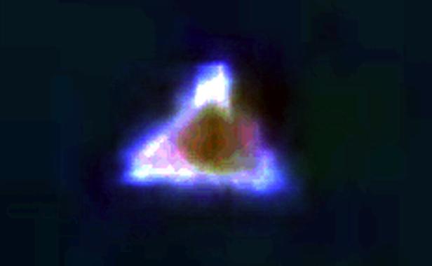 Triangle UFO Seen Over Amsterdam During Daytime Close Up Ovni%252C%2Bomni%252C%2Bplane%252C%2Barizona%252C%2BMUFON%252C%2B%25E7%259B%25AE%25E6%2592%2583%25E3%2580%2581%25E3%2582%25A8%25E3%2582%25A4%25E3%2583%25AA%25E3%2582%25A2%25E3%2583%25B3%252C%2B%2BUFO%252C%2BUFOs%252C%2Bsighting%252C%2Bsightings%252C%2Balien%252C%2Baliens%252C%2BET%252C%2Banomaly%252C%2Banomalies%252C%2Bancient%252C%2Barchaeology%252C%2Bastrobiology%252C%2Bpaleontology%252C%2Bwaarneming%252C%2Bvreemdelinge%252C%2Bstrange%252C%2BAmsterdam%252C%2Btriangle%252C%2BTR3B%252C%2B8