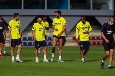 برشلونة يعود للتدريبات بعد راحة 6 أيام استعدادا لنابولى الإيطالى