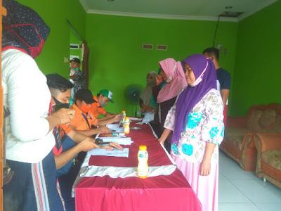 Desa Kiara Payung Salurkan Program BST Untuk 521 KK
