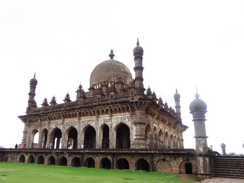 Ibrahim Rauza - Tomb of Ibrahim II Adil Shah - Bijapur