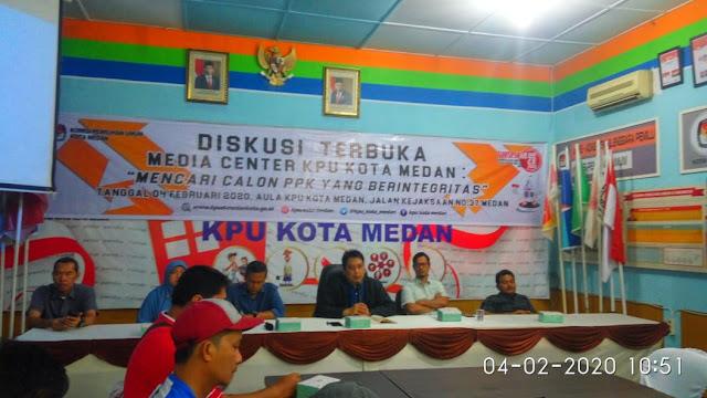 Diskusi Terbuka Media Center Pilkada Kota Medan, Keterbukaan KPU Kota Medan Jalankan Tahapan Pilkada Diapresiasi
