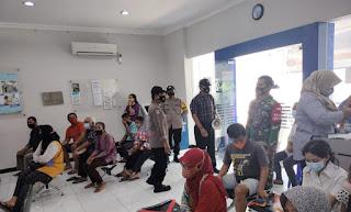 TNI-Polri Jepara Terus Sosialisasikan Protokol Kesehatan Kepada Warga