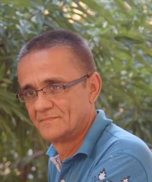 https://www.notasrosas.com/Jorge Soto Daza: valiente periodista guajiro-samario, cuenta cómo pudo liberarse de la esclavitud de las drogas