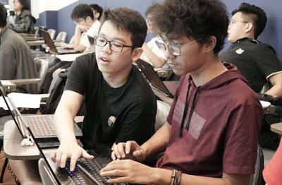Ingin Masuk Ke Sekolah Hacker Online? Yuk Kenali Dulu Serba Serbi Hacktivist