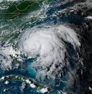huracan Humberto avanza hacia bermudas.