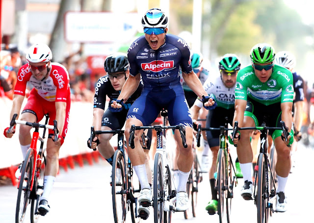 Jasper Philipsen conquista segunda vitória na Vuelta a España deste ano