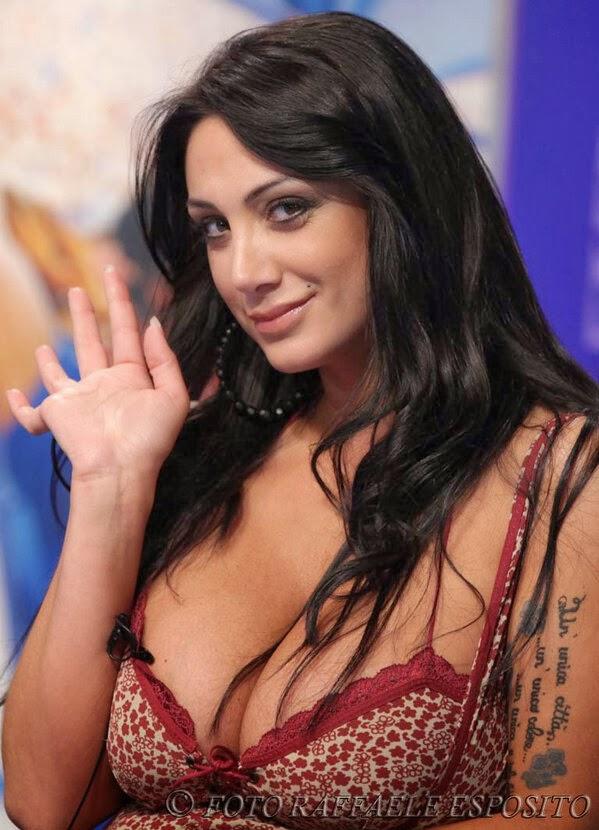 Итальянская телеведущая марика — img 3