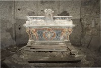 The Neglected Predella: Its Importance for Altar Arrangements