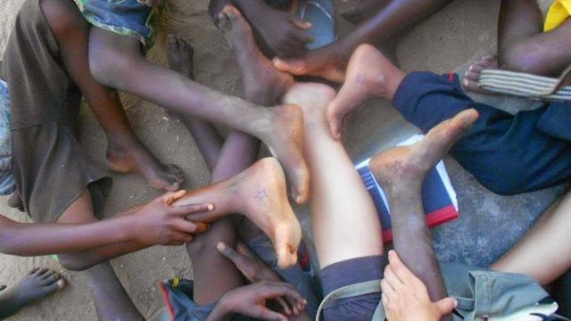 Dejarse invitar por ellos: Un  pedacito del sabor de su vida. Bitrix-Malawi 2013 - Sabíamos a los que nos arriesgábamos - Beatriz Tello